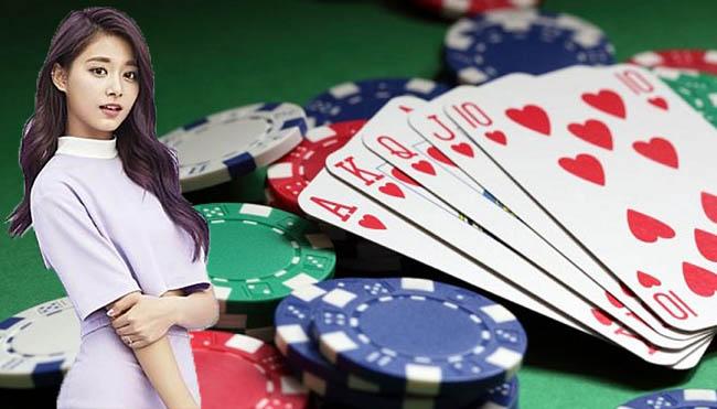 Situs Penyedia Judi Poker Online dengan Bonus Menarik